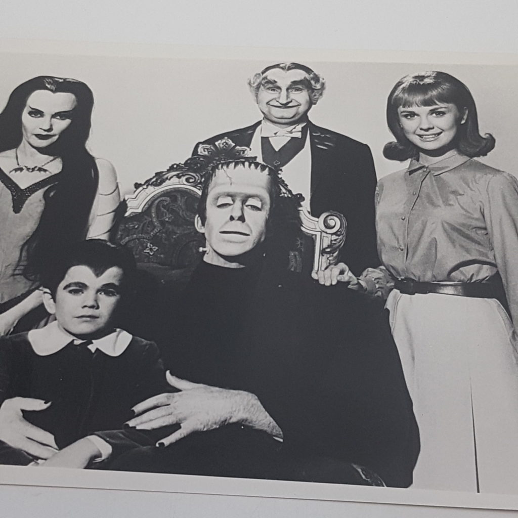 THE MUNSTERS 10x8 B&W Glossy Family Photograph 1960's TV Show | Image 4