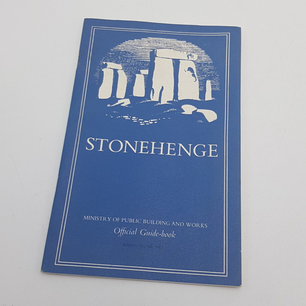 STONEHENGE Official Guide Book & Fold Out Map HMSO (1959) 3rd Ed. 1967   Image 1