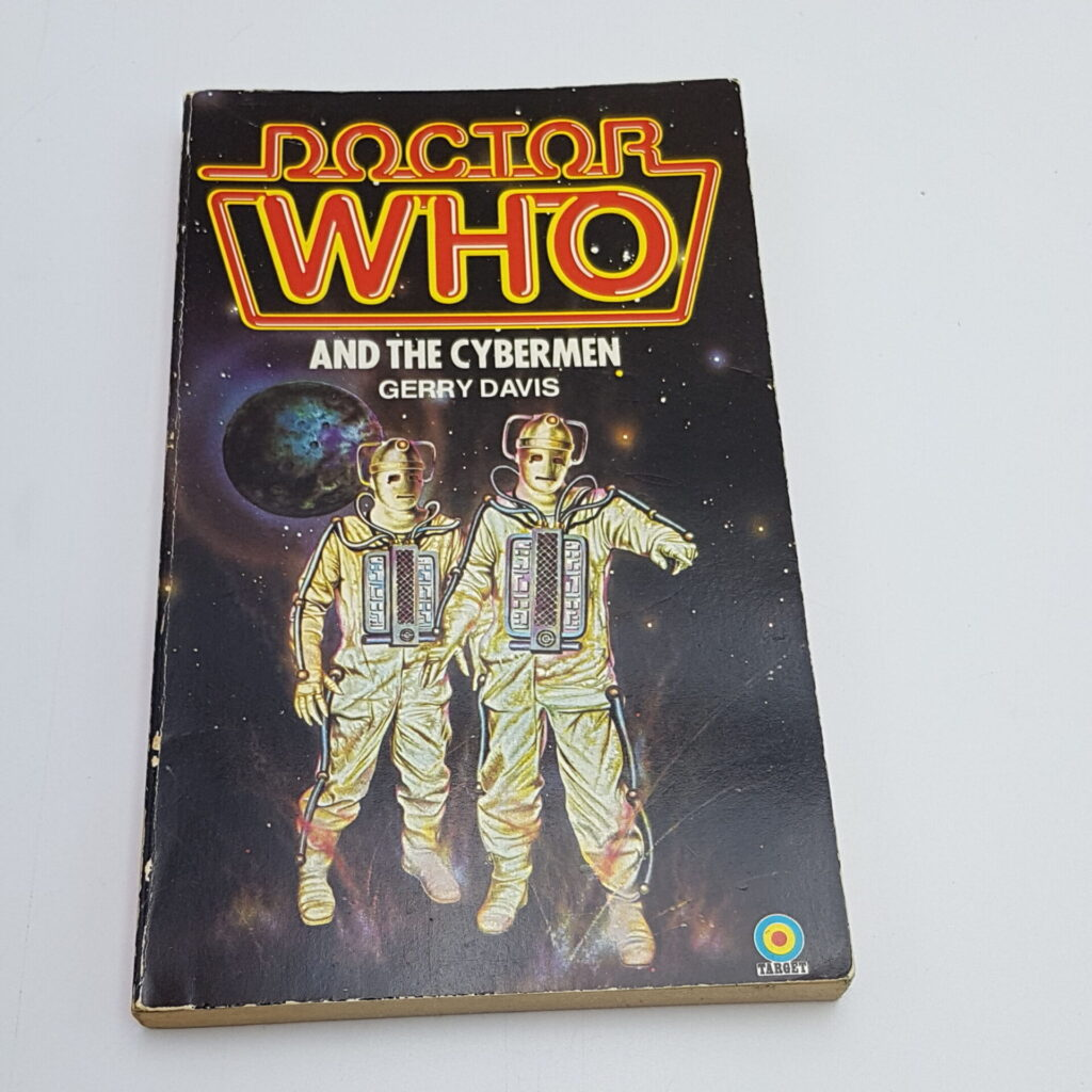 Doctor Who AND THE CYBERMEN (1982) 4th Ed. Target Paperback [VG+] Moonbase   Image 1